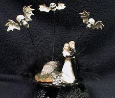 Skull Bats Black night Coffin bride & groom top Wedding Cake Topper Halloween