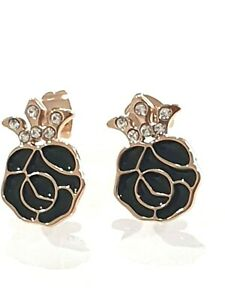 Swarovski - Black and Gold Flower Earrings made with Crystals