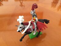PP..Vintage Britains plastic knight on horseback  1971..in excellen condition..