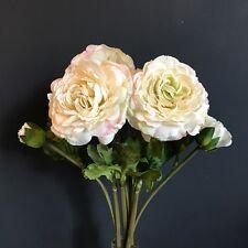 Grupo 6 Blanco Antiguo Seda De Imitación Ranunculus, realista Flores Artificiales Marfil