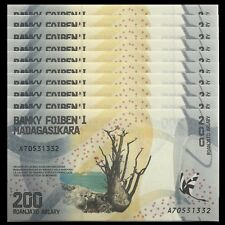MADAGASCAR 200 ARIARY 2017 P 98 UNC LOT 25 PCS 1//4 BUNDLE