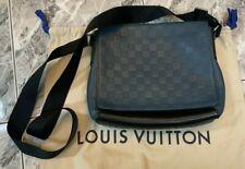 100% Authentic Louis Vuitton Crossbody Messenger Bag Bi-color Blue and Black