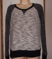 Mossimo Woman's M  Black & White Nubby textured Long Sleeve Knit Top