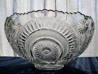 L. E. Smith Glass Clear Pinwheel & Star Slewed Horseshoe 11 quart Punch Bowl