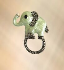 NEW Gorgeous Green & Silver Elephant Eye Glasses Hanger Brooch Pin Holder