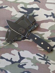 "Fixed Blade Survival Knife Tassie Tiger Knives 5"" blade with Firestarter"