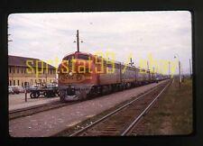 ATSF Santa Fe EMD F3A Diesel Locomotive #33C - Duplicate 35mm Railroad Slide