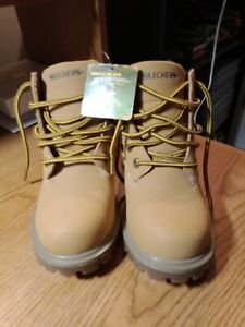 Work Boots Non Tie  Little Boys Wheat Color  NEW Little Boys Size 1 USA