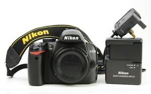 Nikon D3000 DSLR Camera Body + MH-23 Charger & Generic Battery 11,817 Shots EXC