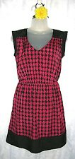 Women's BeBop Pink Black Casual Houndstooth V Neck Sleeveless Dress Medium