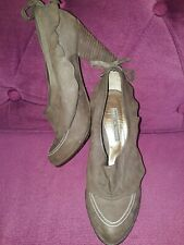 """PIED A TERRE 100% NUBUCK LEATHER DARK BROWN QUIRKY SHOES 4"""" HEEL SIZE 4 EU 37"""