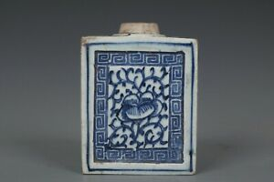 Fine Beautiful Chinese Blue and White Porcelain Flowers Tea Caddy