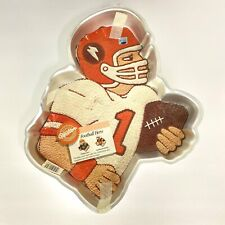 Football Hero Player Wilton 2 Layer Cake Pan with Insert Vintage 1987 2105 4610