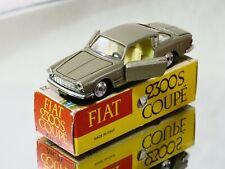 Mercury n° 23 Mercury Fiat 2300 S coupé 1/43 en état quasi neuf en boîte