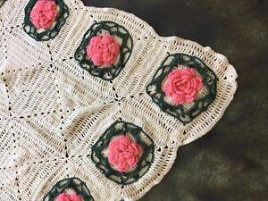 HANDMADE Crochet AFGHAN Knit THROW vtg Floral FLOWER Quilt Granny Boho Blanket