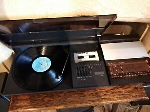 Bang & Olufsen Beocenter 2200 with X25 Speakers - Refurbished and Fully Tested