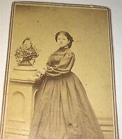 Antique Civil War Era American Fashion Woman! Flower Basket! New York CDV Photo!
