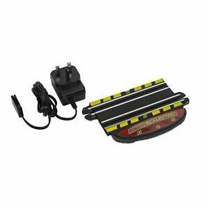 Micro Scalextric Mains Powered Track Piece UK - G8043
