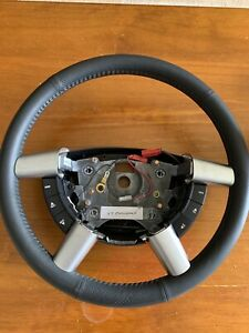 HOLDEN COMMODORE VY BLACK PERFORATED LEATHER STEERING WHEEL 2003-04