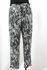 DKNY Capri Abstract Print Casual Crop Pants CuffedTrouser Black White Size 8 NWT