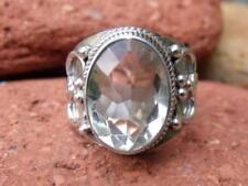 Anillos de joyería con gemas amatista