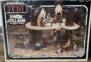 Vintage Kenner Star Wars Return of the Jedi Ewok Village Action Playset w/Box