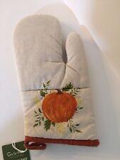 Sur la Table Oven Mitt with Pumpkin Autumn Thanksgiving Theme NWT