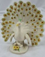 Vintage Lefton Ceramic Peacock Figurine KW911 great condition hand painted