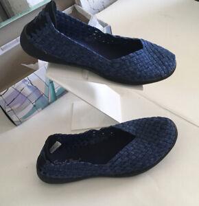 Coral Bay Claire Women's Slip-On Shoes Memory Foam Size 6 1/2M Denim CoLor