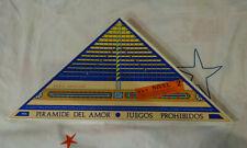 Pirámide del amor. Nuevo (leer descripción)