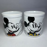 Vintage Disney Minnie And Mickey Mouse Pair Ceramic Mugs Cups Spell Out