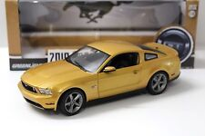 1:18 Greenlight Ford Mustang GT 2010 Coupe Gold New chez Premium-modelcars
