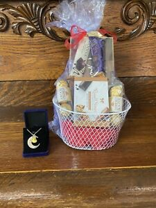 Father's Day Gift Basket For Son I Love You To The Moon Necklace Chocolates Set