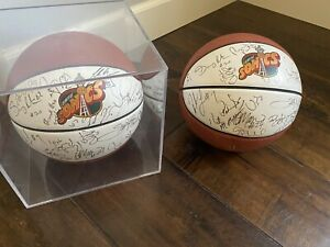 1995-96 SEATTLE SUPER SONICS AUTOGRAPHED TEAM BALL