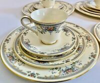 Royal Doulton Romance Juliet Pattern 20 Piece China For Four,  Floral Pattern