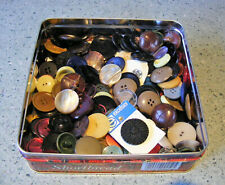 TIN OF VINTAGE BUTTONS MAINLY PLASTIC/BAKELITE OVER 150 BUTTONS