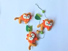 Children's room mesmarising decoration, handcrafted hangings and mobile-  lion