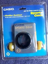 VINTAGE CASIO SPORTS GEAR AM/FM STEREO CASSETTE PLAYER W-900 - Grey/Yellow