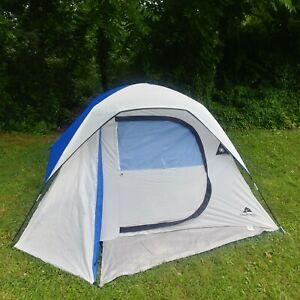 OZARK TRAIL 4 Person Dome Tent Hiking Outdoors Camping Blue and White Tent