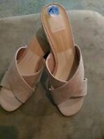 e33fefe59647 Dolce Vita Women s Karlo Flat Slide Sandal Slip On Blush Suede Sz US 7.5
