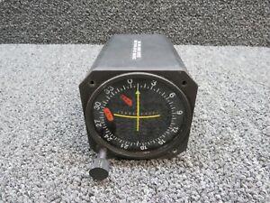 ID-825 Narco VOR / LOC Glideslope Indicator