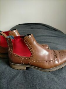 Men's leather brown boots 8