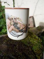 Ancien gobelet verre en céramique de Sarreguemines U&C cheval chien lévrier
