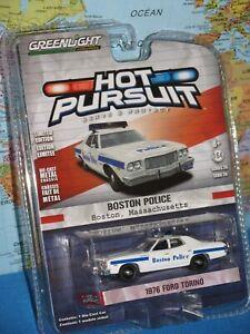 HOT PURSUIT 1976 FORD TORINO BOSTON POLICE MASSACHUSETTS USA GREENLIGHT
