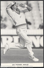 Sports Postcard - Cricket - Sir Richard Hadlee Bowling In His First Test  H519