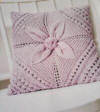 Knitting Pattern Cushion Leaf Square Heirloom Bébé Oreiller Coton DK QUICK (732)