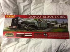 Hornby Tornado Pullman Express Train Set with Train Controller and DCC Ready
