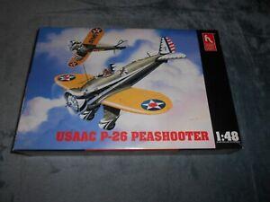 HOBBYCRAFT 1558, 1/48 USAAC P-26 PEASHOOTER PLASTIC MODEL KIT