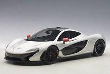 1/18 Autoart - McLaren P1 (ICE ARGENTO/ROSSO Accents) 2013 (Composite / Full