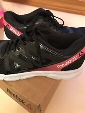 Ladies Black Reebok Athletic Shoes Size 9